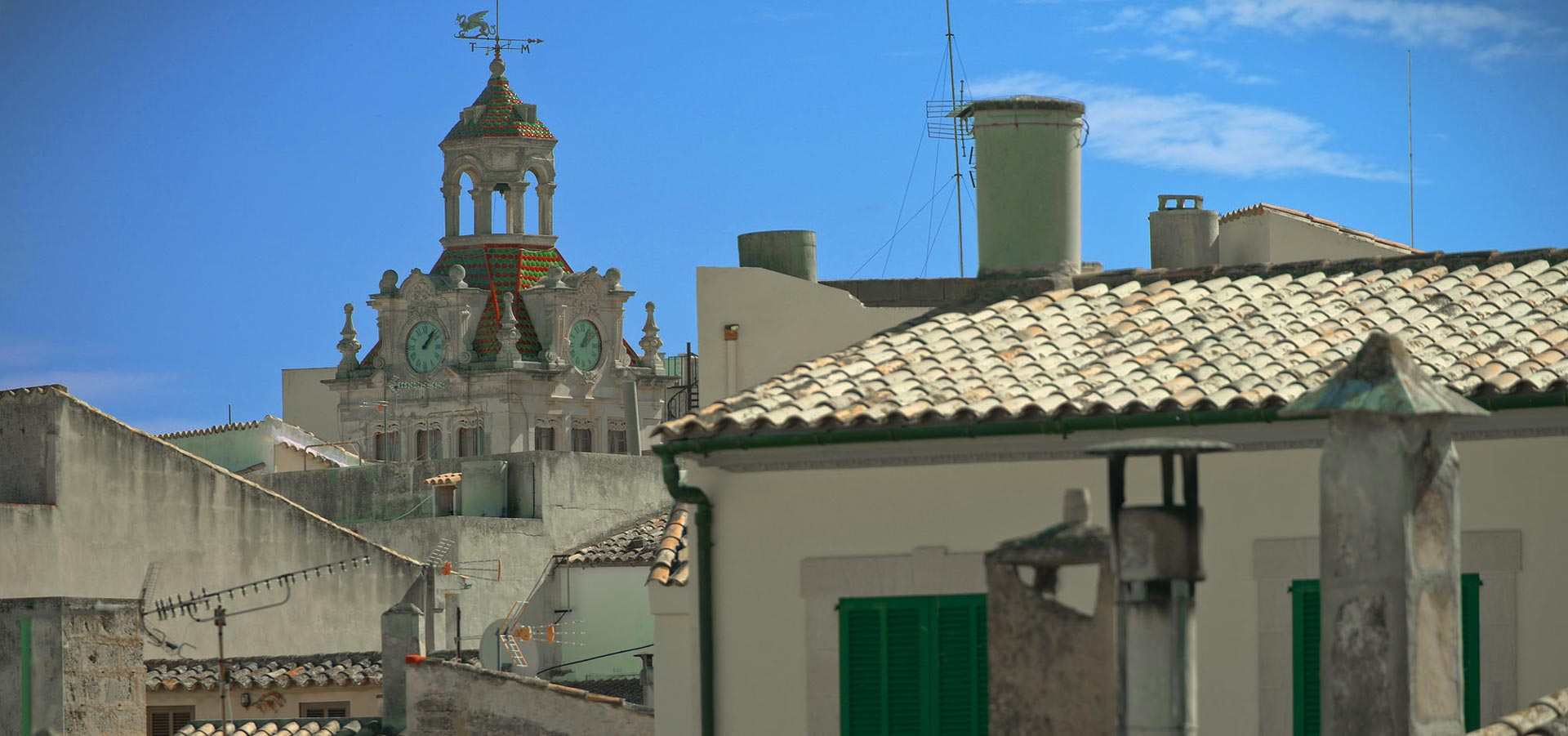 Alcudia Town property market.