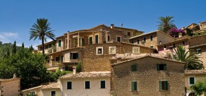 Charming houses of Deia property market.