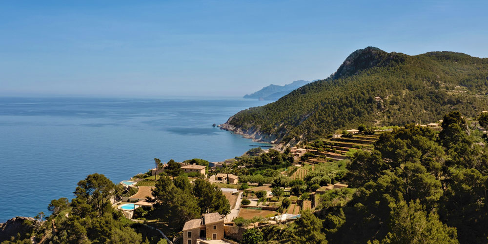 serra tramuntana mountains fincas with sea view mallorca