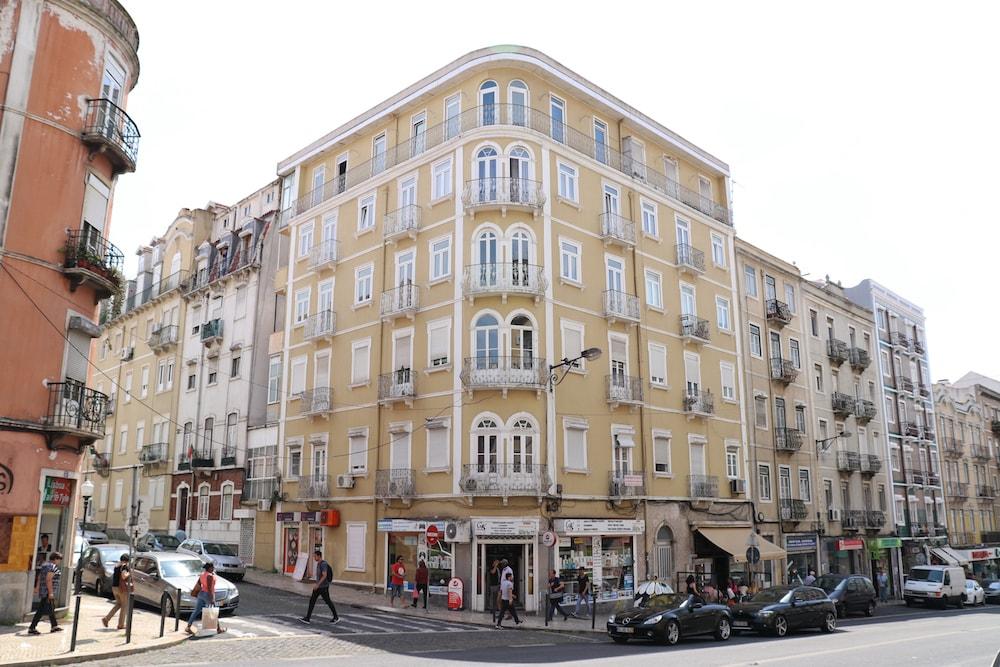 portugal-property-street-lisbon-marketwatch